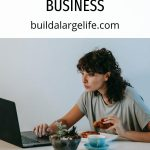 The Essential Guide to Creating an Online Networking Business